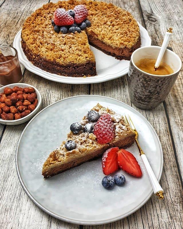 Schokoladen Streuselkuchen mit Haselnuss