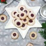 Engelsaugen oder auch Husarenkarpfen genannt sind butterweiche Kekse mit Konfitüre